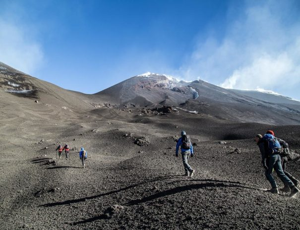 Crossing of Etna